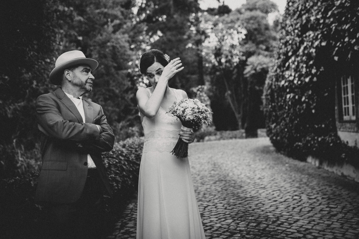 bride and her father fighting tears before ceremony at quinta do hespanhol portugal