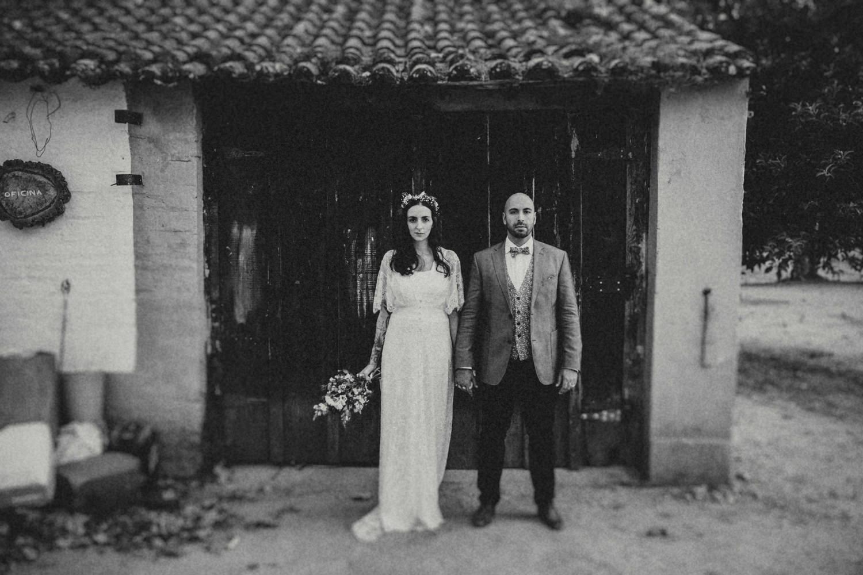 boho couple portrait at herdade da agolada coruche portugal