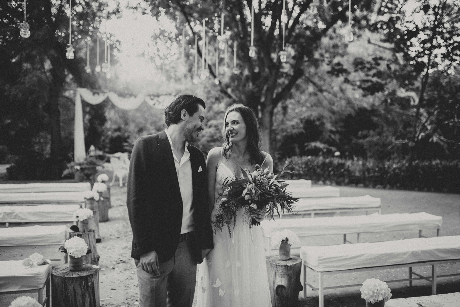 couple in love after outdoor wedding in quinta do hespanhol portugal