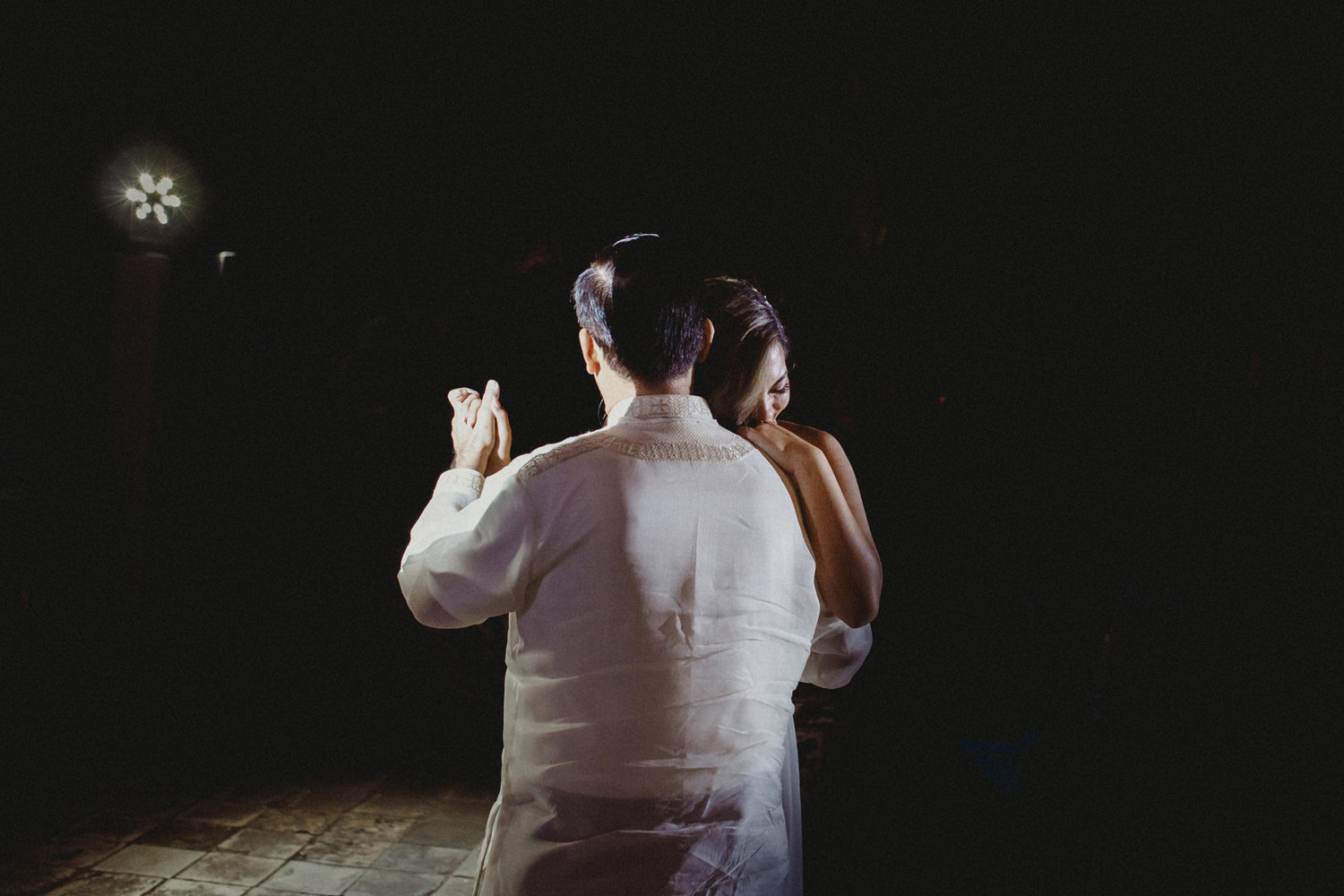 brides first dance with her father in palacio marques fronteira lisbon portugal