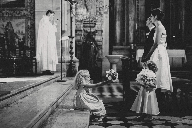 children during lisbon wedding ceremony