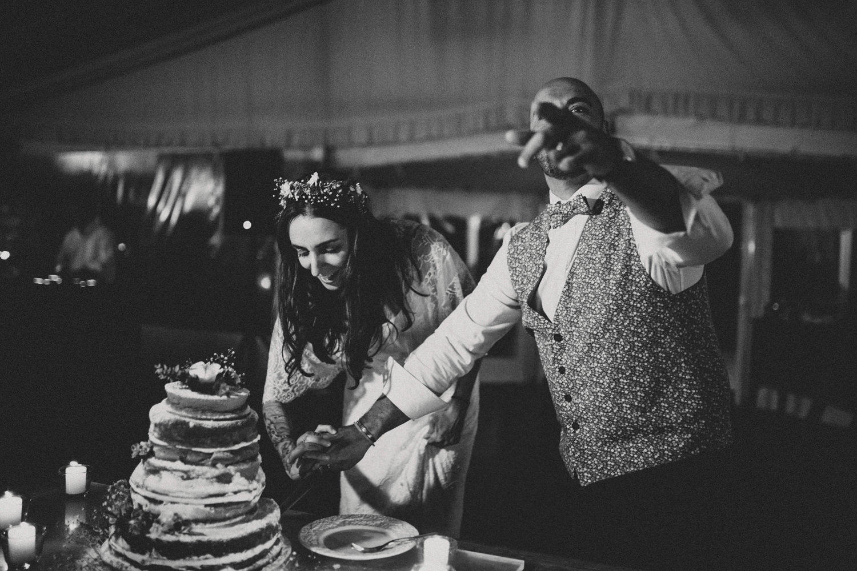 boho wedding cake cutting portugal